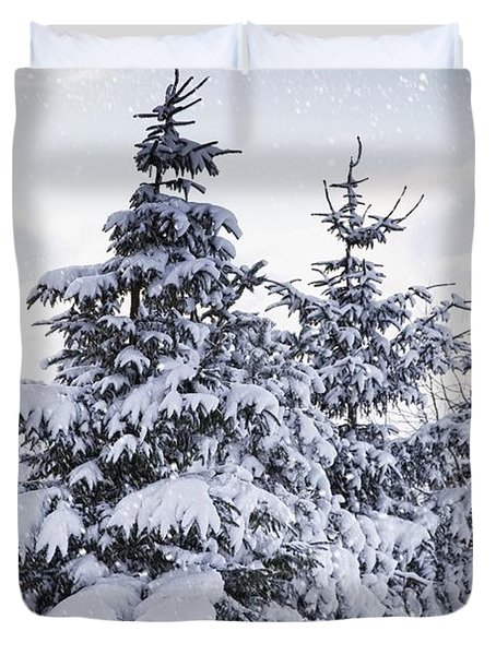 Northumberland, England Snow-covered Duvet Cover by John Short