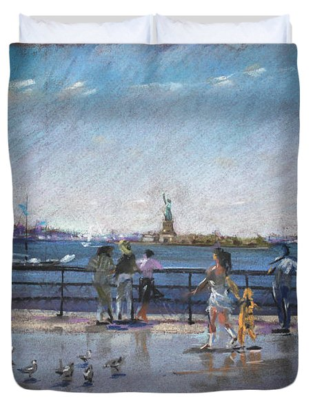 Nyc Grand Ferry Park 2 Duvet Cover by Ylli Haruni