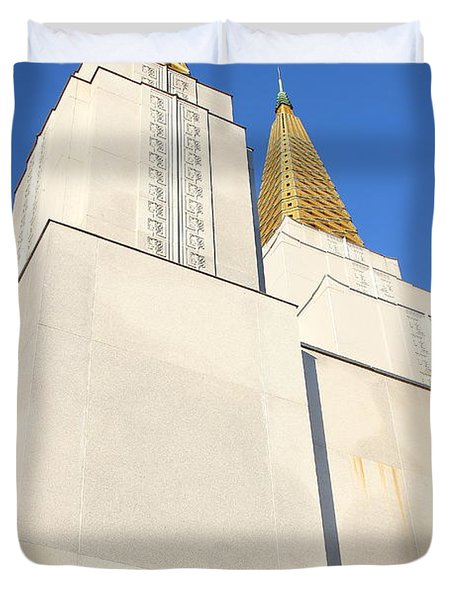 Oakland California Temple . The Church Of Jesus Christ Of Latter-day Saints . 7d11345 Duvet Cover by Wingsdomain Art and Photography