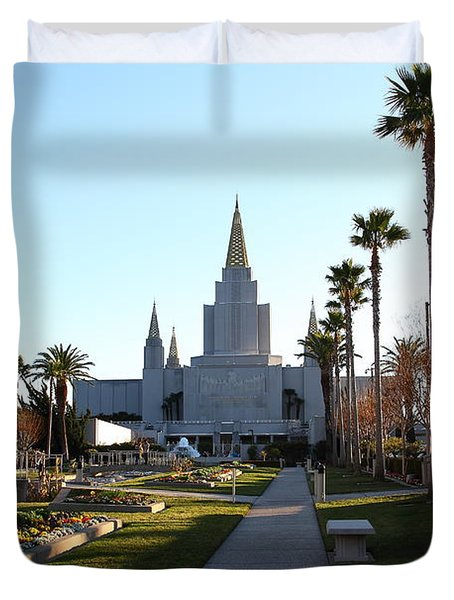 Oakland California Temple . The Church Of Jesus Christ Of Latter-day Saints . 7d11371 Duvet Cover by Wingsdomain Art and Photography