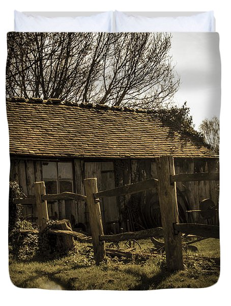 Old Fashioned Shed Duvet Cover by Dawn OConnor