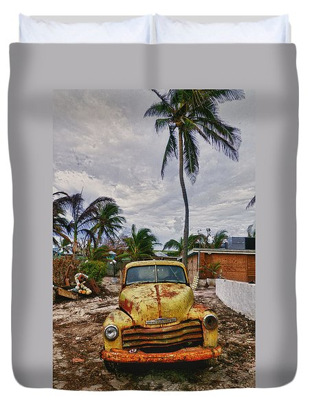 Old Yellow Truck Florida Duvet Cover by Garry Gay