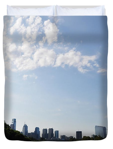 Philadelphia from Kelly Drive Duvet Cover by Bill Cannon