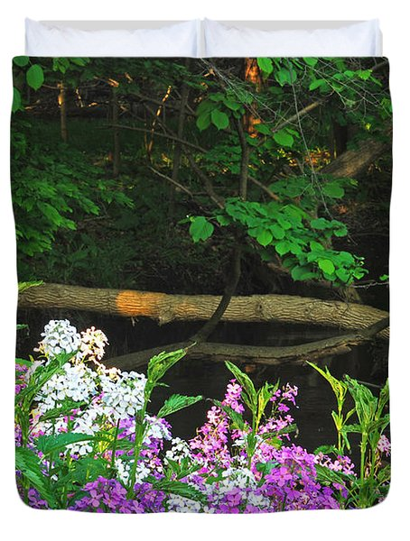 Phlox Along The Creek 7185 Duvet Cover by Michael Peychich