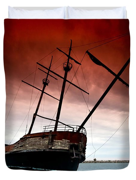 Pirate Ship 2 Duvet Cover by Cale Best
