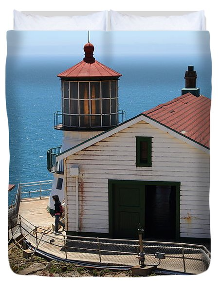 Point Reyes Lighthouse In California 7d15997 Duvet Cover by Wingsdomain Art and Photography