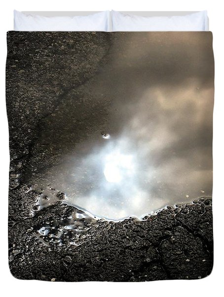 Puddle Art 7 Duvet Cover by Dale   Ford