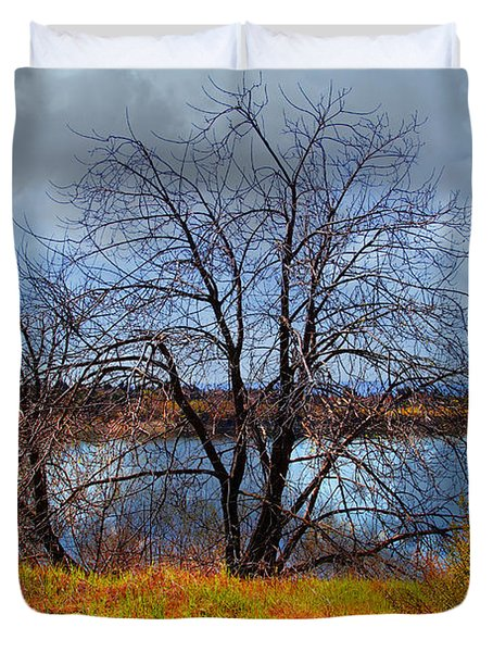 Quarry Lakes in Fremont California . 7D12636 Duvet Cover by Wingsdomain Art and Photography