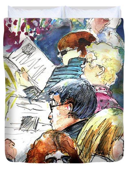 Reading The News 08 Duvet Cover by Miki De Goodaboom