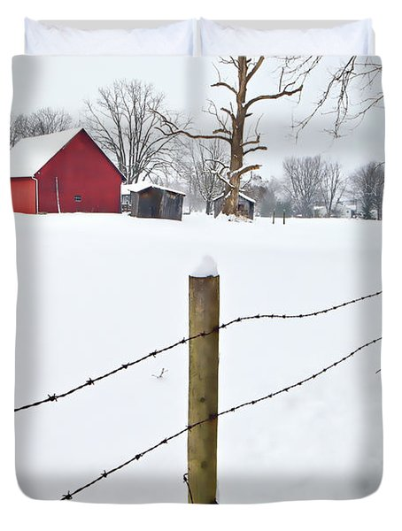 Red Barn And Fresh Snow - D006392a Duvet Cover by Daniel Dempster