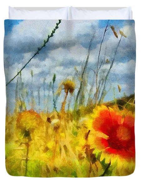 Red Flower In The Field Duvet Cover by Jeff Kolker