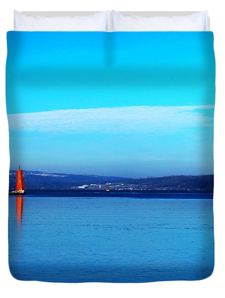 Red Lighthouse In Cayuga Lake New York Duvet Cover by Paul Ge