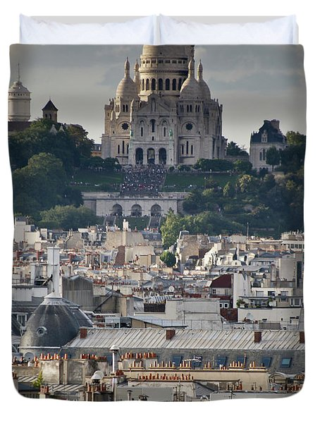 Sacre Coeur Rooftops Duvet Cover by Gary Eason