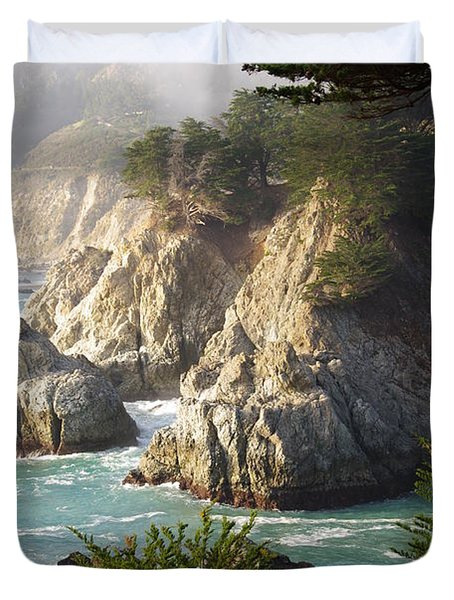 Secluded Big Sur Cove 1 Duvet Cover by Jeff Lowe