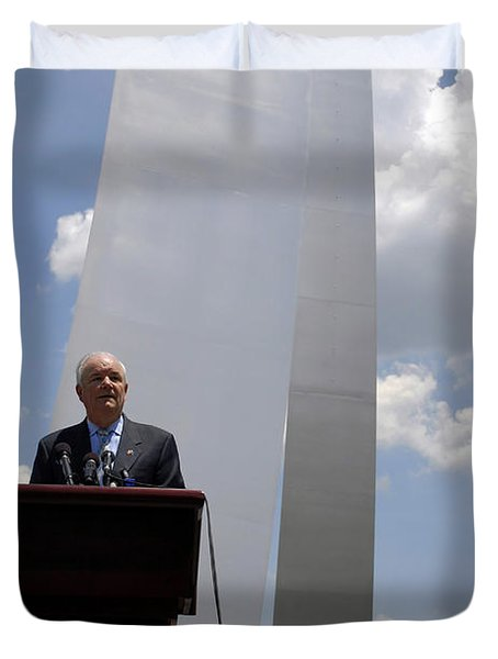 Secretary Of The Air Force Salutes Duvet Cover by Stocktrek Images