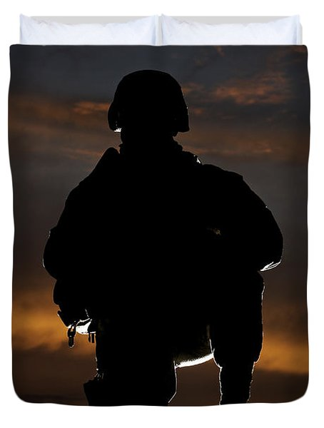 Silhouette Of A U.s. Marine In Uniform Duvet Cover by Terry Moore