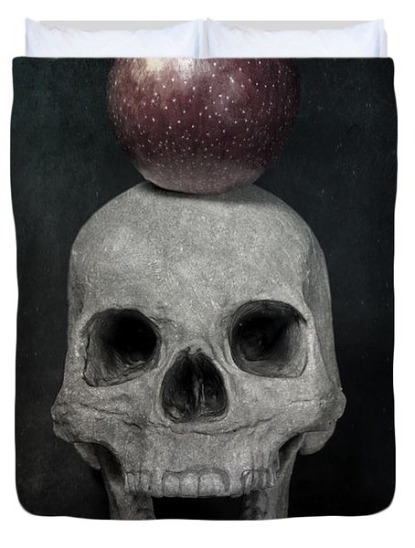 Skull And Apple Duvet Cover by Joana Kruse
