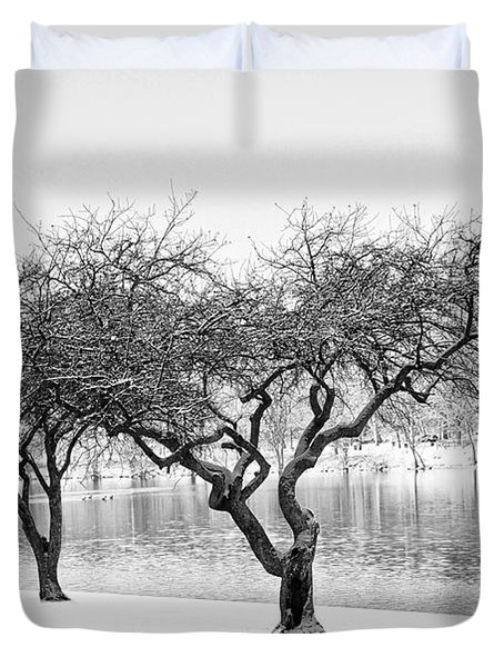 Snow Along the Schuylkill River Duvet Cover by Bill Cannon