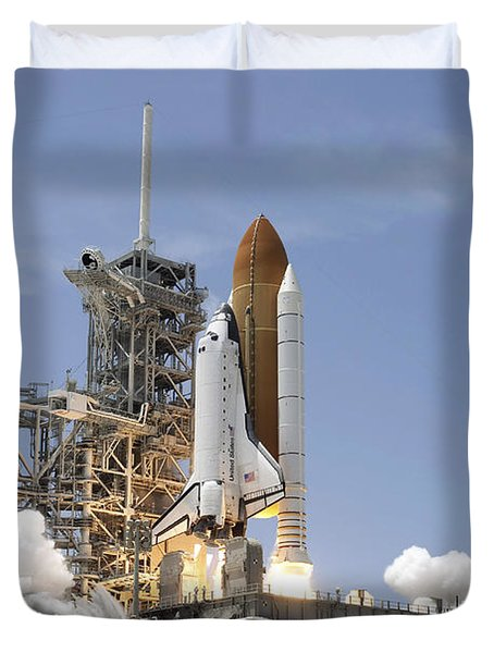 Space Shuttle Atlantis Twin Solid Duvet Cover by Stocktrek Images