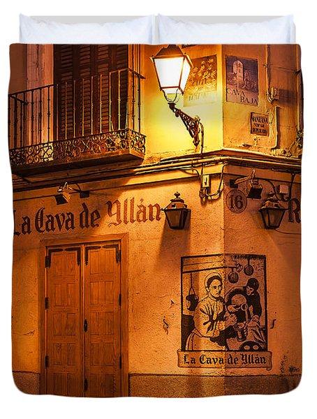 Spanish Taberna Duvet Cover by John Greim
