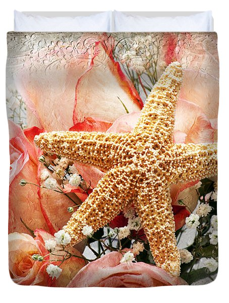 Starfish And Pink Roses Duvet Cover by Andee Design