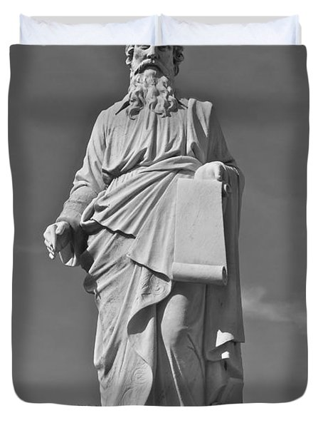 Statue 01 Black And White Duvet Cover by Thomas Woolworth