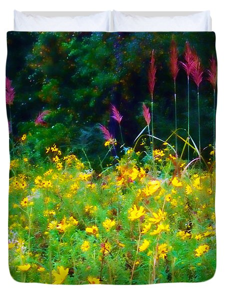 Sunflowers And Grasses Duvet Cover by Judi Bagwell