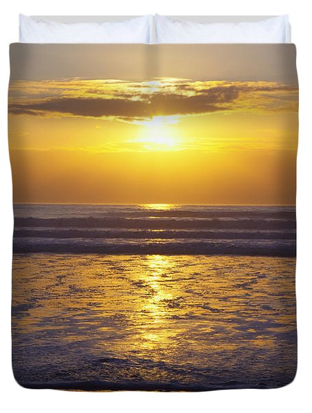 Sunset Over The Pacific Ocean Along The Duvet Cover by Craig Tuttle