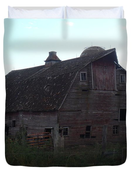 The Barn IIi Duvet Cover by Bonfire Photography