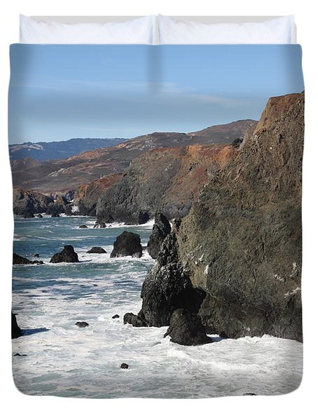 The Marin Headlands - California Shoreline - 5D19692 Duvet Cover by Wingsdomain Art and Photography