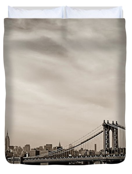 The New York City Skyline And The Manhattan Bridge Duvet Cover by Vivienne Gucwa