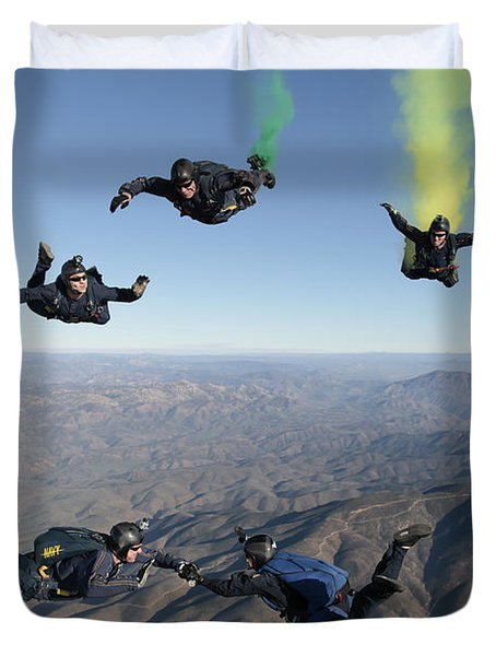 The U.s. Navy Parachute Demonstration Duvet Cover by Stocktrek Images
