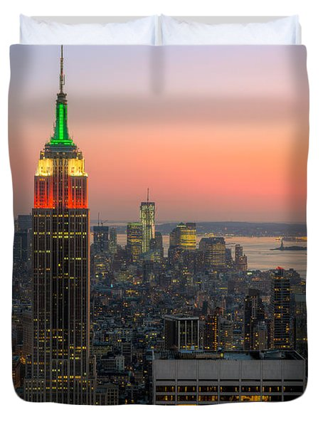 Top Of The Rock Twilight X Duvet Cover by Clarence Holmes