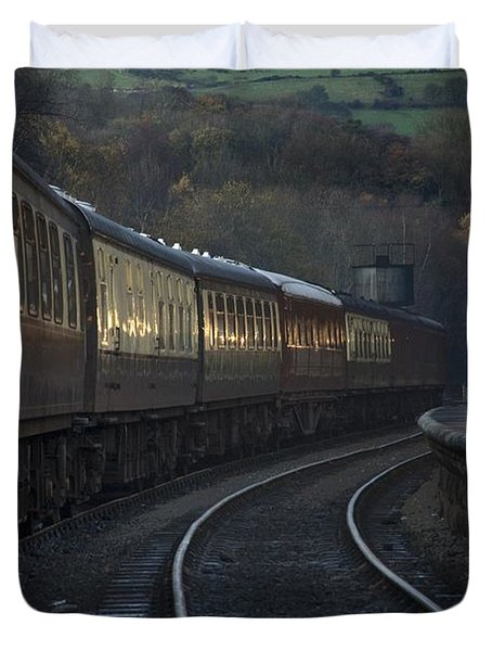 Train At Station At Dusk, Pickering Duvet Cover by John Short