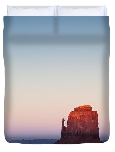 Twilight In The Valley Duvet Cover by Dave Bowman