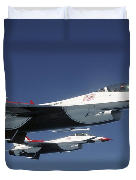 U.s. Air Force F-16 Thunderbirds Duvet Cover by Stocktrek Images