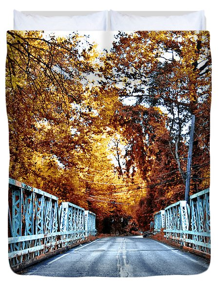 Valley Green Road Bridge in Autumn Duvet Cover by Bill Cannon