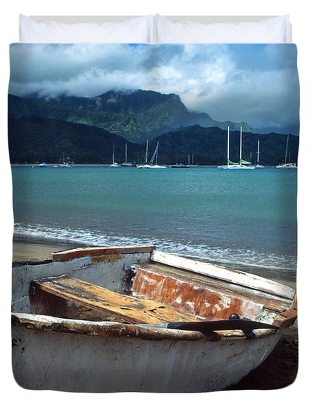 Waiting to Row in Hanalei Bay Duvet Cover by Kathy Yates