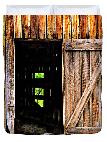 Weathered Barn Door Duvet Cover by Marty Koch
