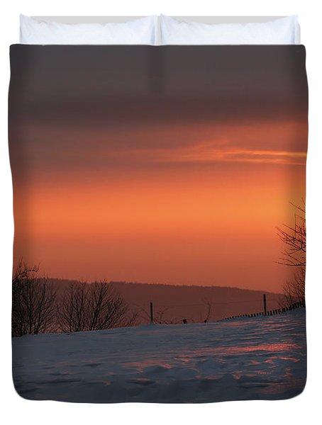 Winter Sunset Duvet Cover by Michal Boubin