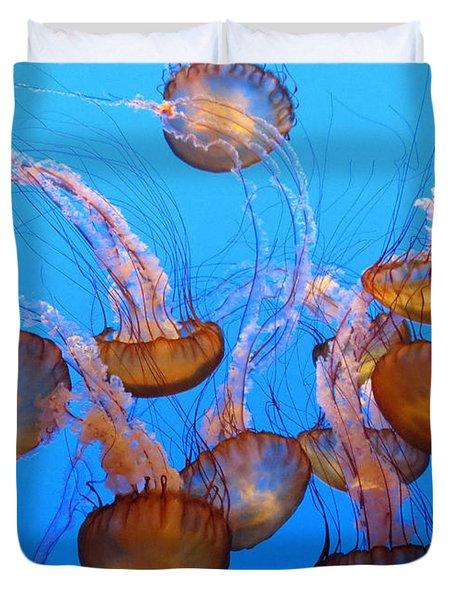 Sea Nettles Ballet 1 Duvet Cover by Diane Wood