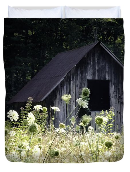 Summer Barn Duvet Cover by Rob Travis