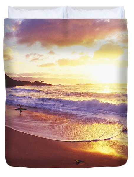 Waimea Bay Sunset Duvet Cover by Bob Abraham - Printscapes