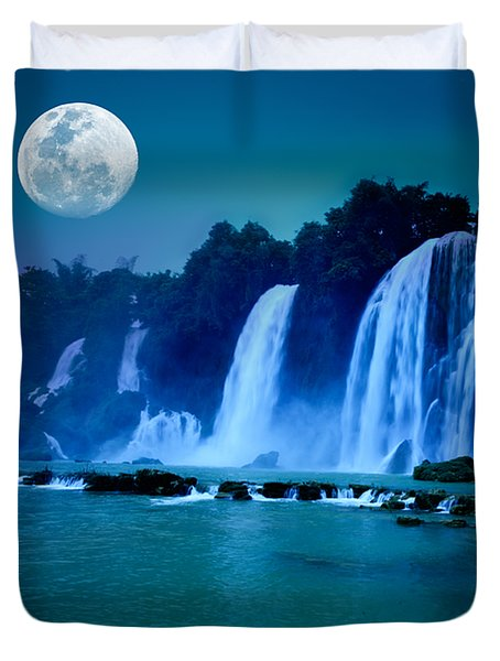 Waterfall Duvet Cover by MotHaiBaPhoto Prints
