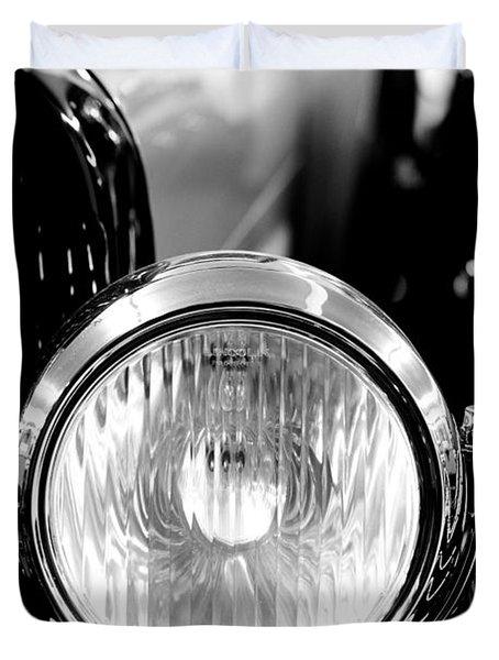 1925 Lincoln Town Car Headlight Duvet Cover by Sebastian Musial