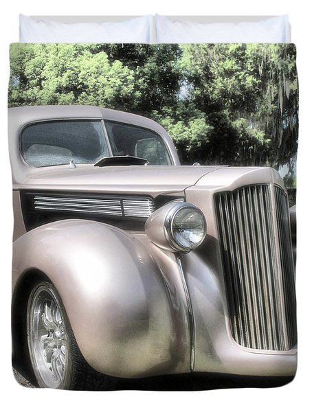 1939 Packard Coupe Duvet Cover by Richard Rizzo