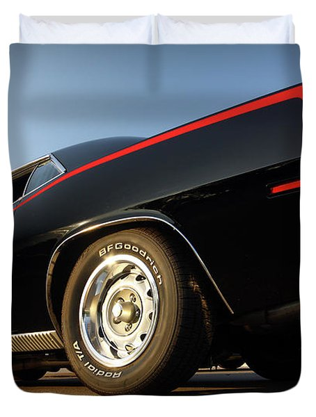 1970 Plymouth 440 'cuda Duvet Cover by Gordon Dean II