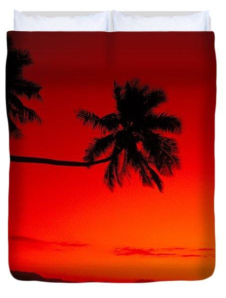 Fiji, Kadavu Island Duvet Cover by Ron Dahlquist - Printscapes