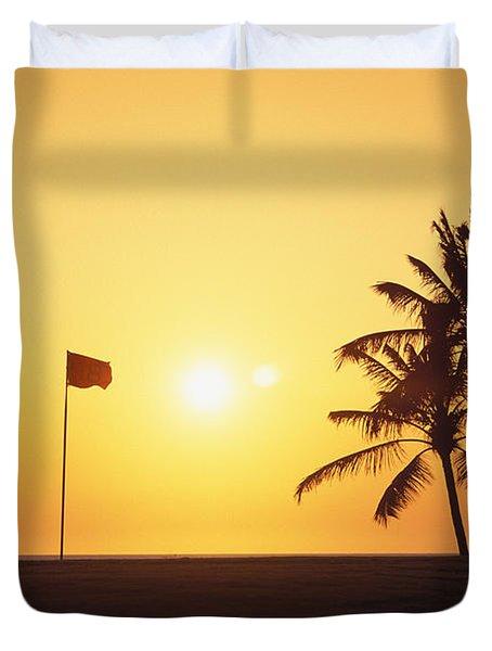 Mauna Kea Beach Resort Duvet Cover by Carl Shaneff - Printscapes