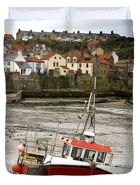 Staithes, North Yorkshire, England Duvet Cover by John Short